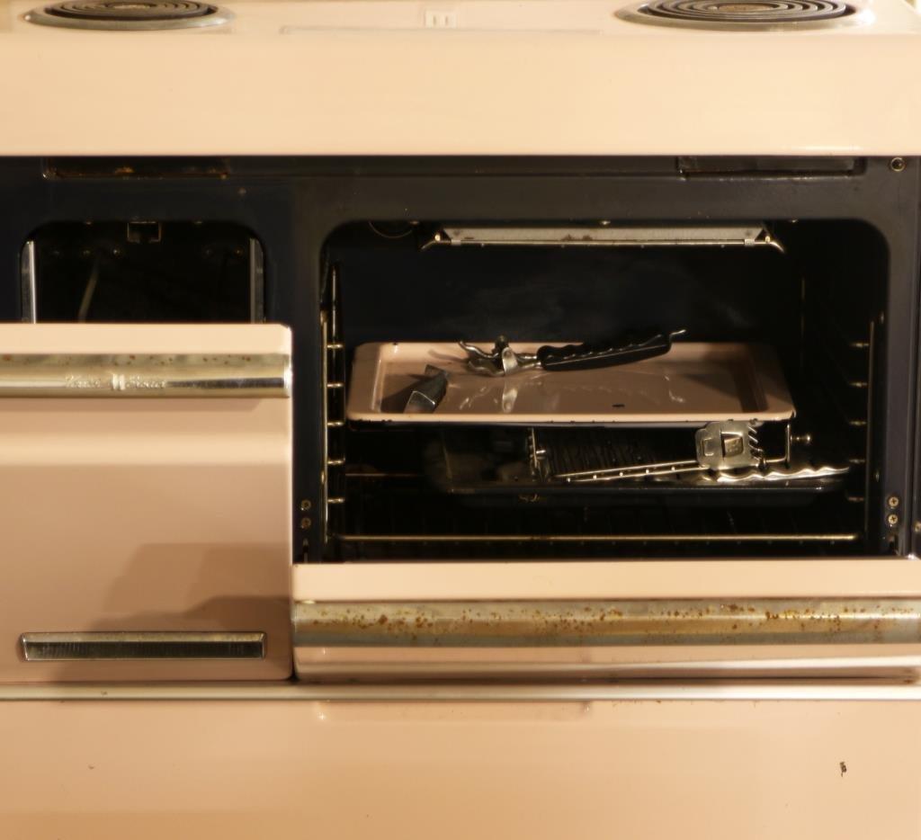1955 Norge Futura Automatic Electric Range Stove - 5