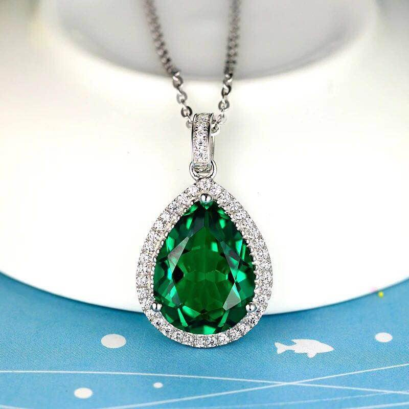 925 Silver 8.51ct Emerald 0.521ct Diamond Pendant