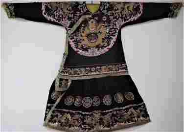 18C Rare Chinese Imperial Silk Embroidered Dragon Robe