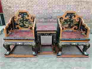 A set of rosewood and gold lacquerware thrones, fine