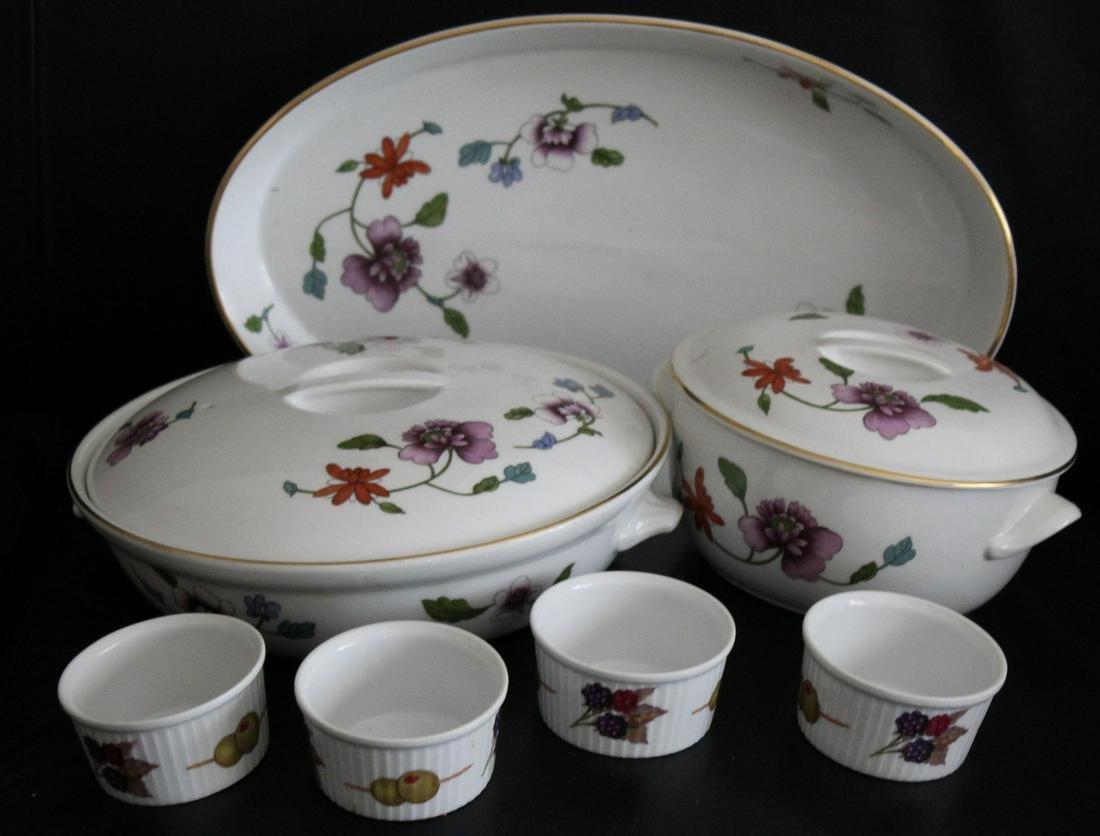 Royal Worcester 'Evesham' Set