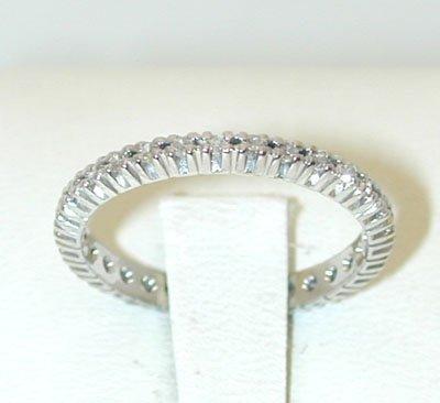 12075: 4851 18KW Gold Ring w/ Diamonds