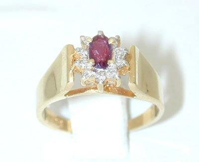 12215: 6420 14K Gold Ring w/ Ruby/ Diamonds