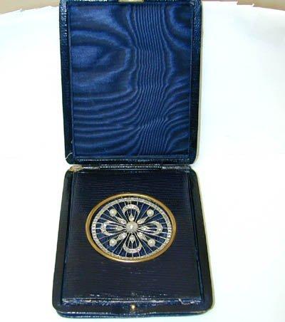 9754: 542 Antique Platinum Diamonds Pin w/Pearls from 1