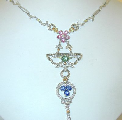 13676: 2428 EFJ 18k White Gold Necklace w/Multi/Dia