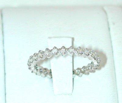 12093A: 5541 18KW Gold Ring w/ Diamonds