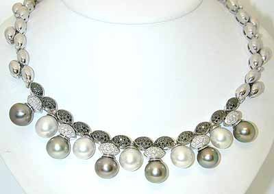 13358A: 2422 18KW Gold Necklace w/Pearl/Black/White Dia