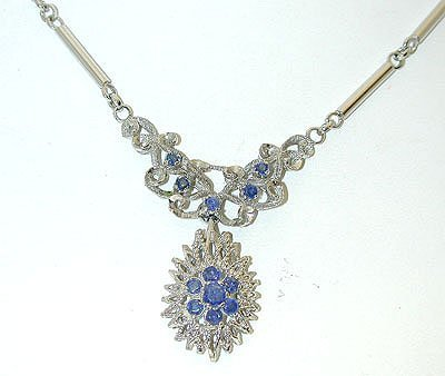 070 18KW Gold Necklace w/ Sapphire