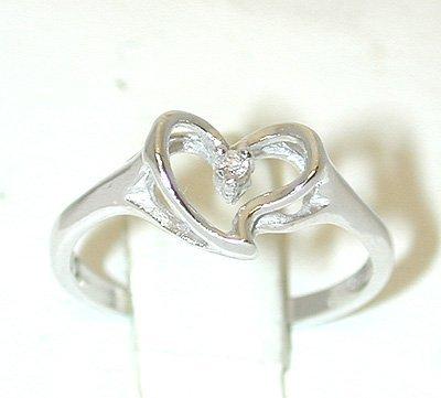 1031 14KW Gold Ring w/ Diamond