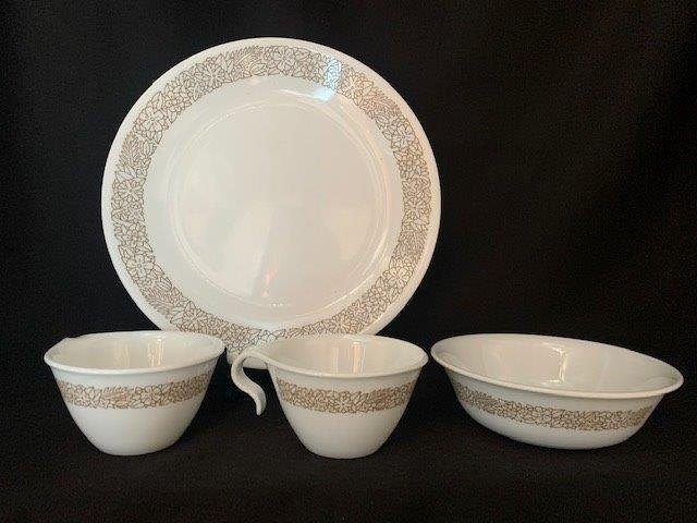 Assorted Corelle Dishware