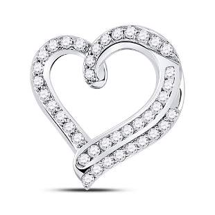 14kt White Gold Womens Round Diamond Heart Pendant 1