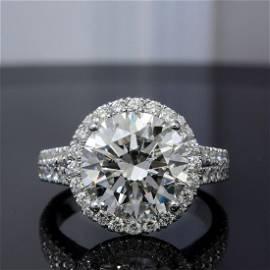 Natural 4.92 CTW Halo Split Shank Round Cut Diamond