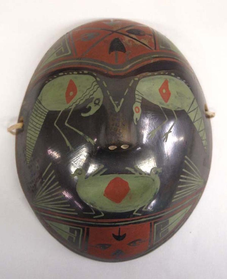 Mexican Mata Ortiz Pottery Mask by Felipe Andrew