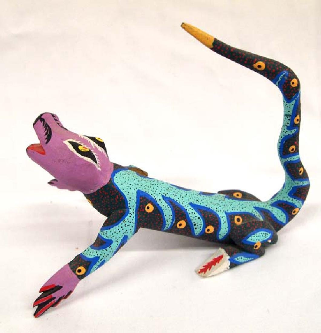 Mexican Oaxacan Carved Alebrije Lizard by Gomez - 2