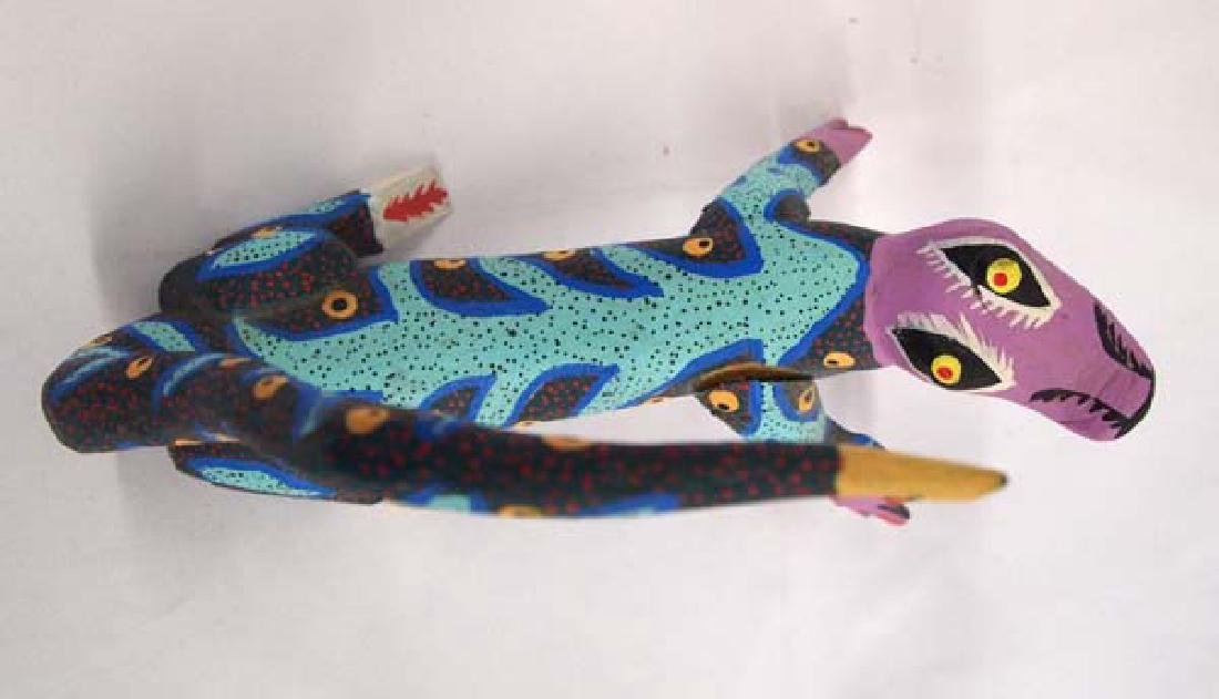 Mexican Oaxacan Carved Alebrije Lizard by Gomez - 3