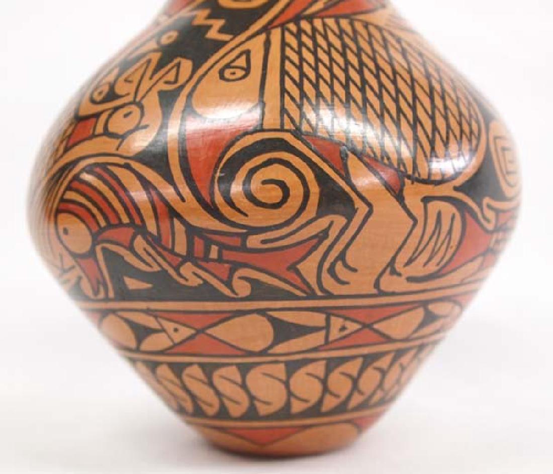 Mexican Mata Ortiz Jar by Daniel Gonzalez - 2