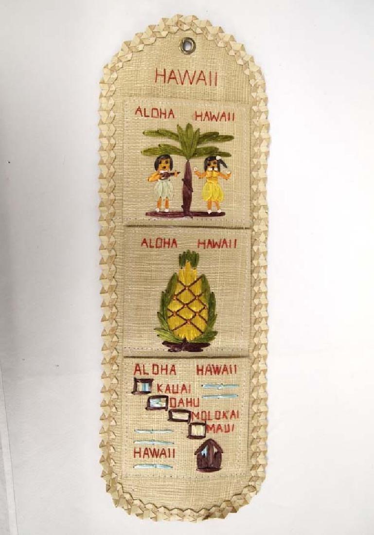 Hawaii Souvenir Straw Mail Organizer