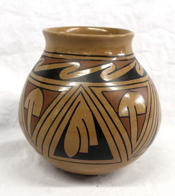 Mata Ortiz Polychrome Jar by Luis Ortiz