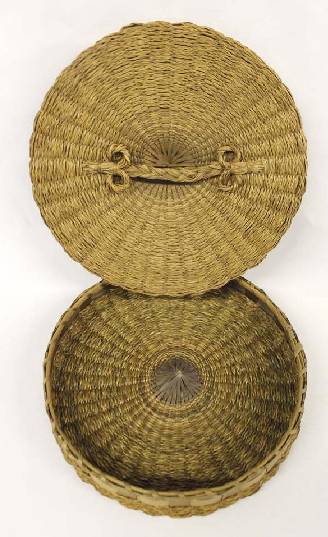 Vintage Penobscot Sweet Grass Sewing Basket - 3
