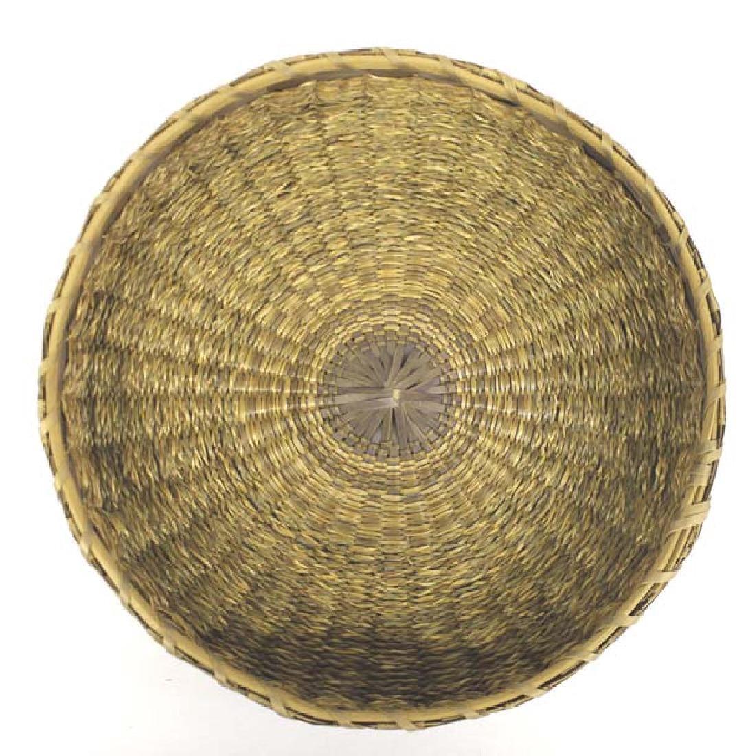 Vintage Penobscot Sweet Grass Sewing Basket - 4
