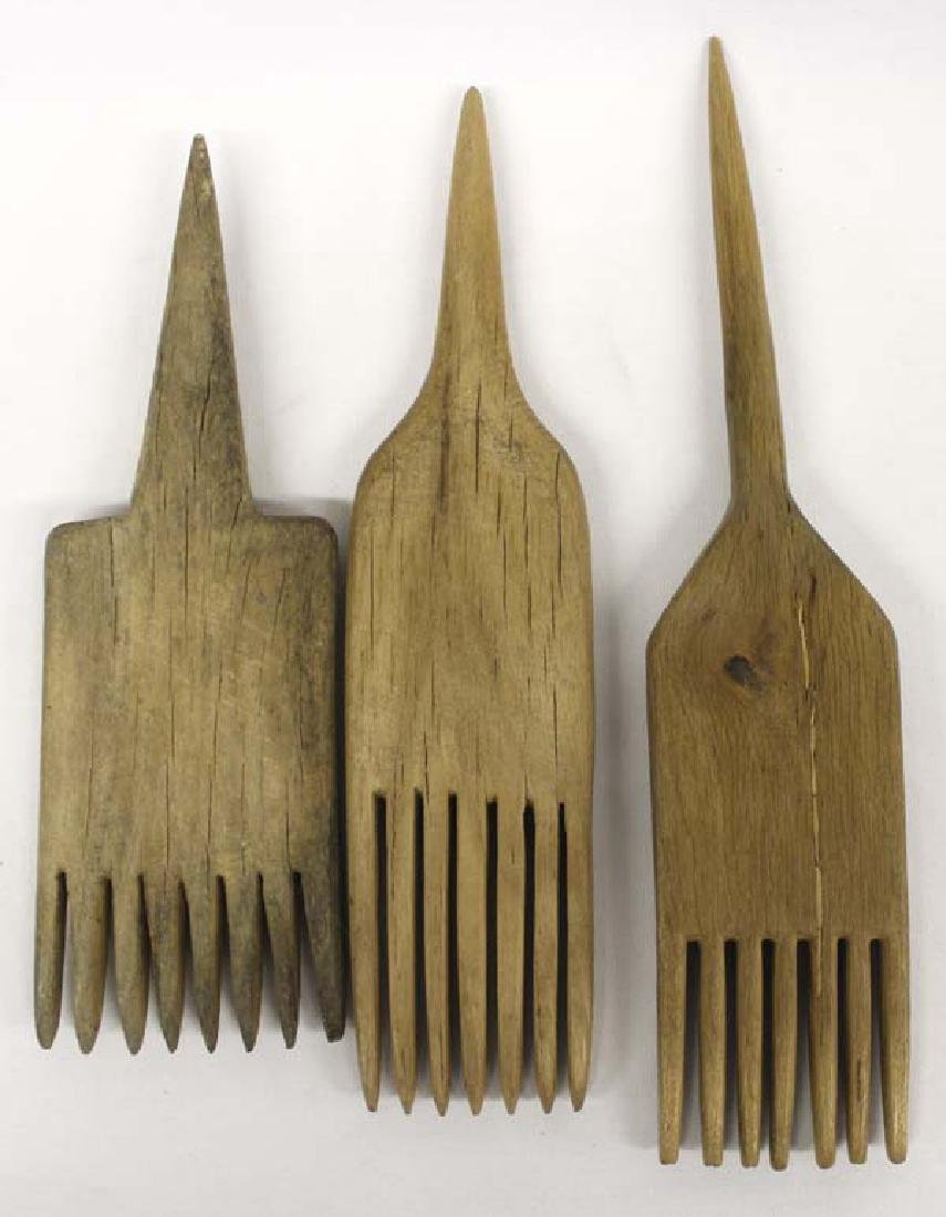 3 Navajo Carved Wood Wool Weaving Combs