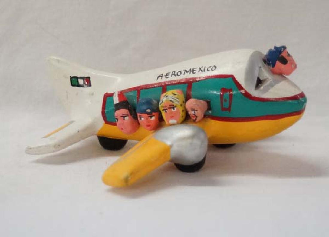 Mexican Folk Art Pottery Plane, 5 in. S&H $10