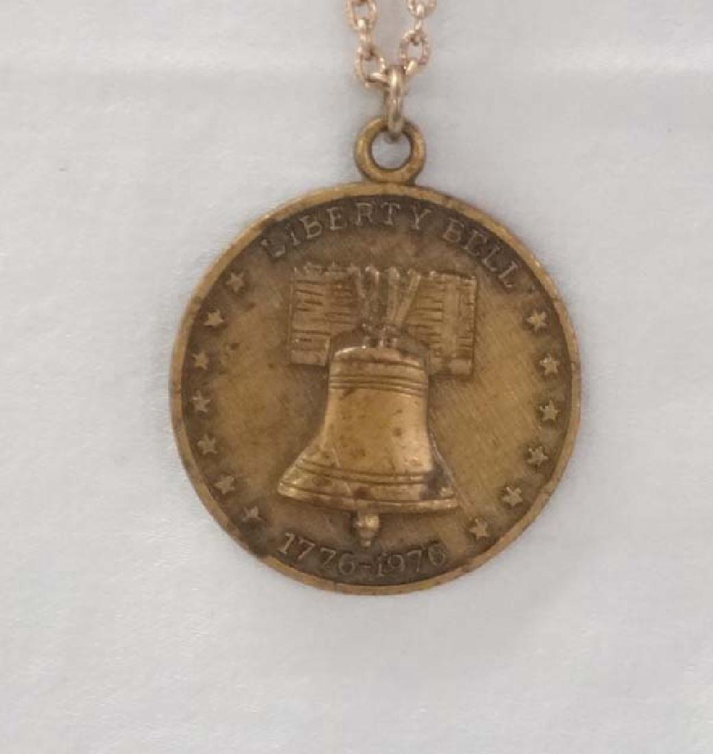 Bicentennial Coin Necklace 24in SH $10 - 2