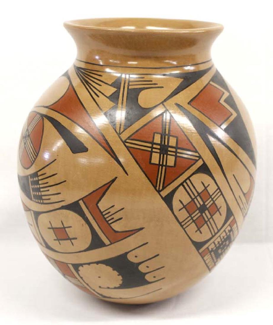 Mexican Mata Ortiz Polychrome Jar by Fito Tena