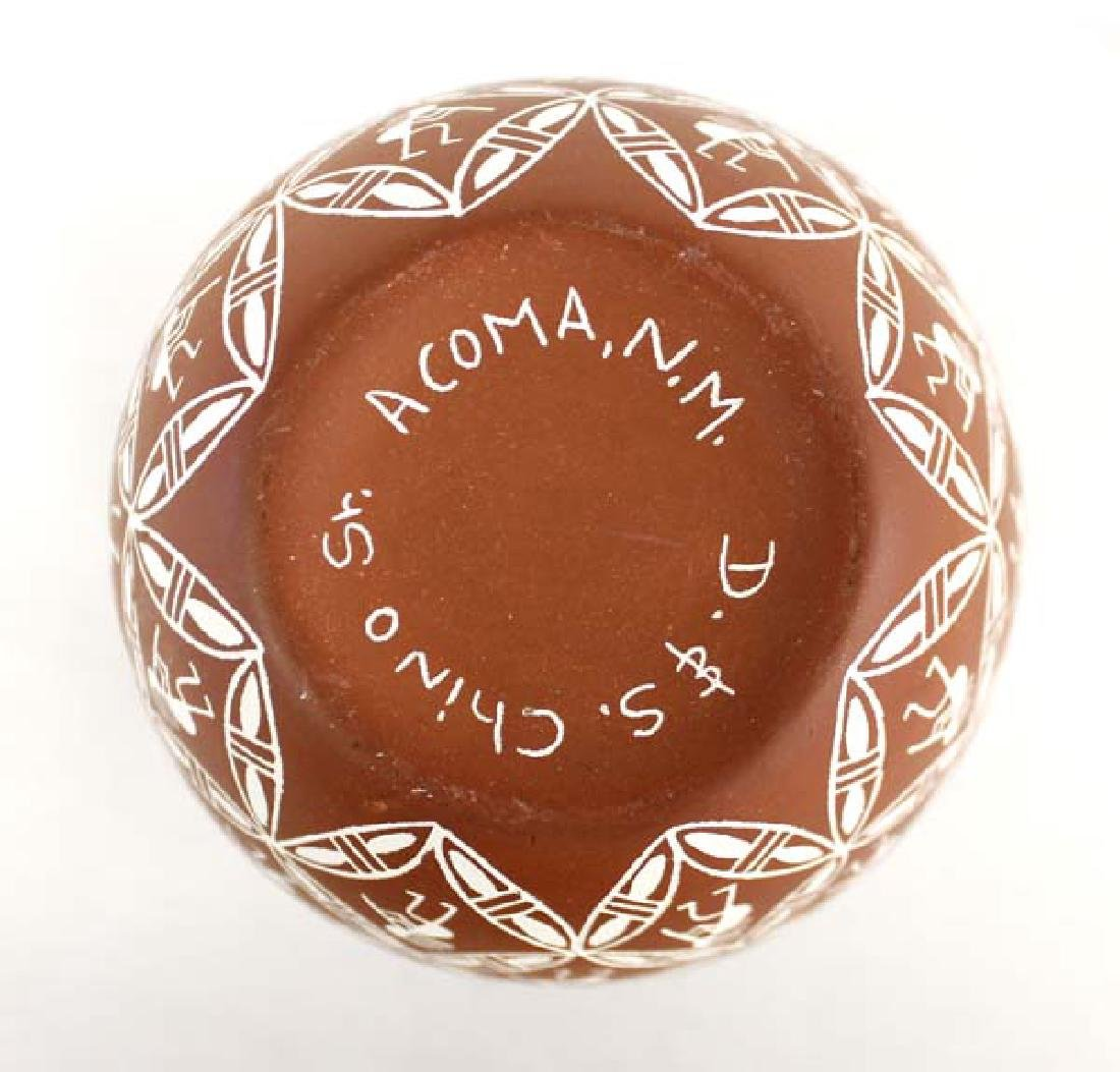 Acoma Sgraffito Kokopelli Pottery Jar by Chino - 3