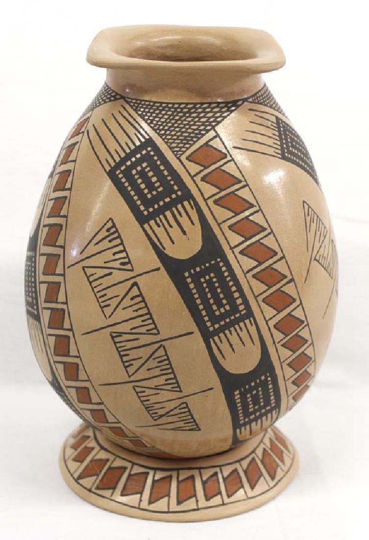 Mexican Mata Ortiz Polychrome Pottery Jar & Stand