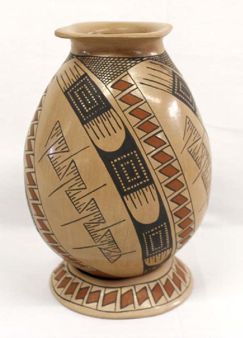 Mexican Mata Ortiz Polychrome Pottery Jar & Stand - 2