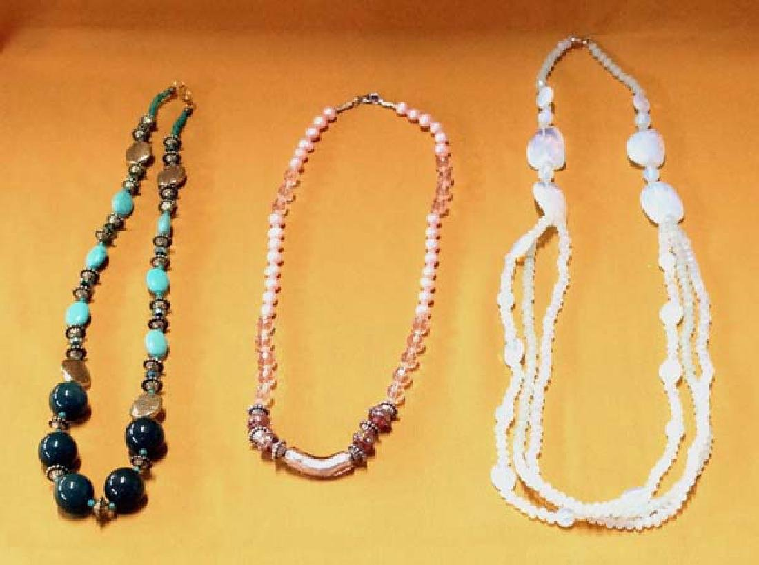 3 Necklaces Lg 22in End to End SH $10
