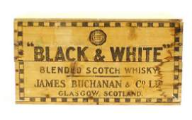 Black  White Blended Scotch Whisky Wood Box