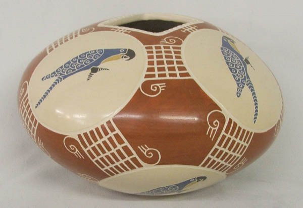 1014: Mata Ortiz Parrot Pottery Signed Vidal Corona