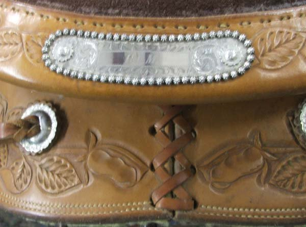 1612: 1970s Fallis Hand Tooled Leather Western Saddle - 3