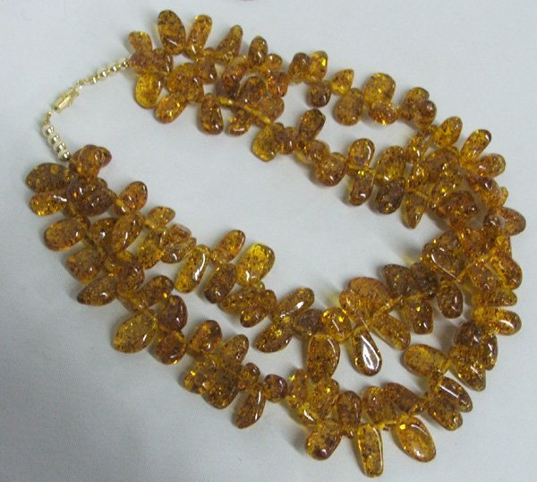1015: Double Strand Baltic Amber Necklace 16.5''