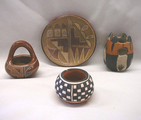 1001: 4 Pueblo Pottery Bowls, Jars, Largest 4''x2.5''