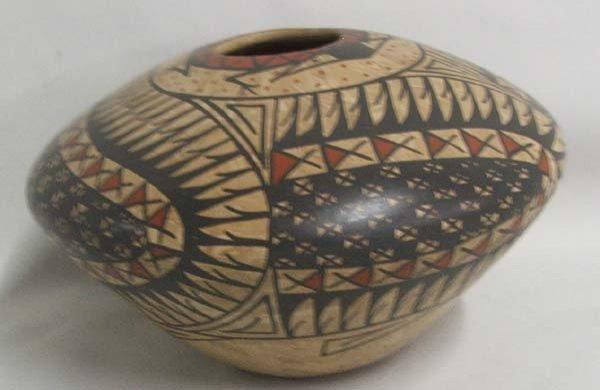 1004: Mata Ortiz Pottery By Manuel Mora Tena 3.5 x 5.5
