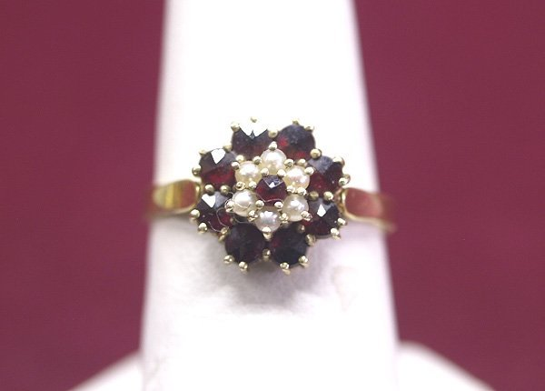 1018: 14K Garnet & Pearl Ring Size 7 Geisler Estate