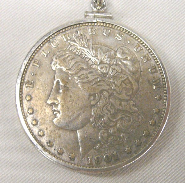 1042: 1901 Morgan Silver Dollar Pendant Necklace 24'' - 2