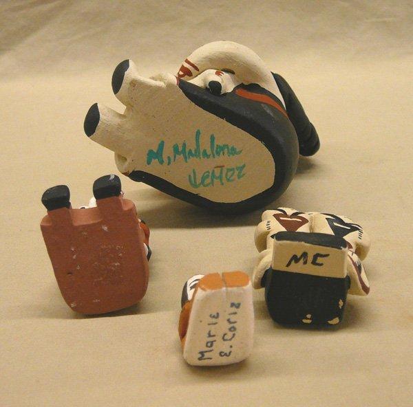 1051: 4 Pueblo Storyteller Pottery Dolls; 3.25'' tall - 3