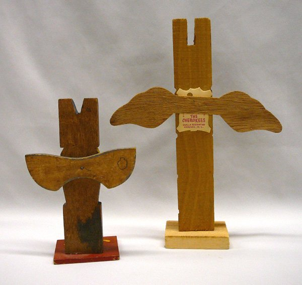 1075: 2 Carved Wood Cherokee Totem Poles 10.5'' Largest - 2