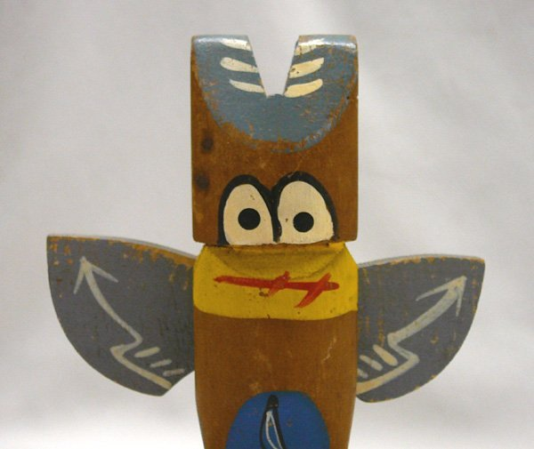 1075: 2 Carved Wood Cherokee Totem Poles 10.5'' Largest - 4
