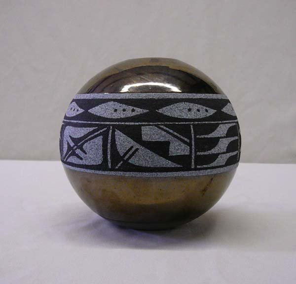 1000: Navajo Ceramic Bowl by Craig White 4.5''