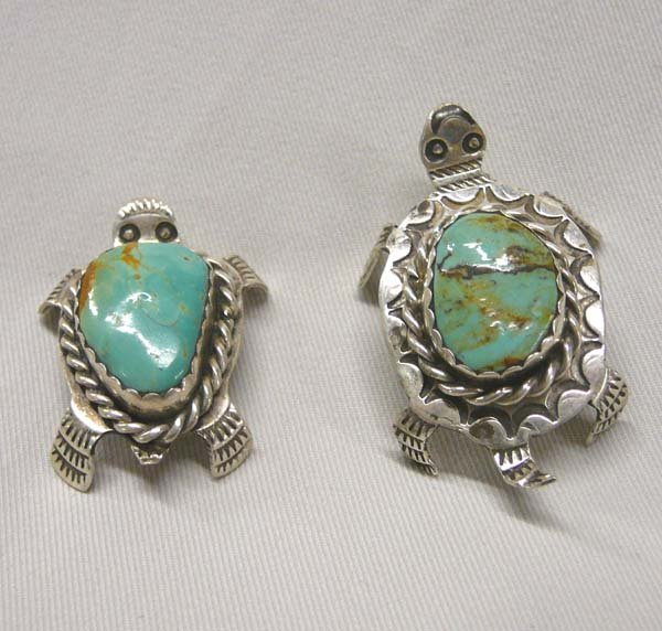 1003: 2 Navajo Silver Turtle Pins by Cleveland 1.75''