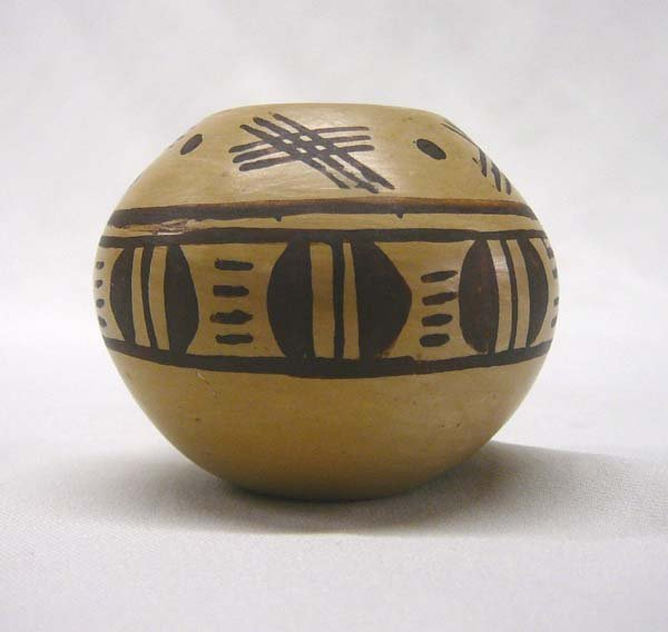 1013: Hopi Miniature Pottery Bowl by B Nampeyo 1.5x2.25