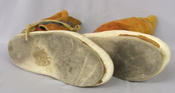 1356: Navajo Leather Moccasins 10.5'' x 11'' Tall - 3