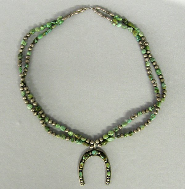 1007: 1940 Navajo Sterling Turquoise Necklace 28''
