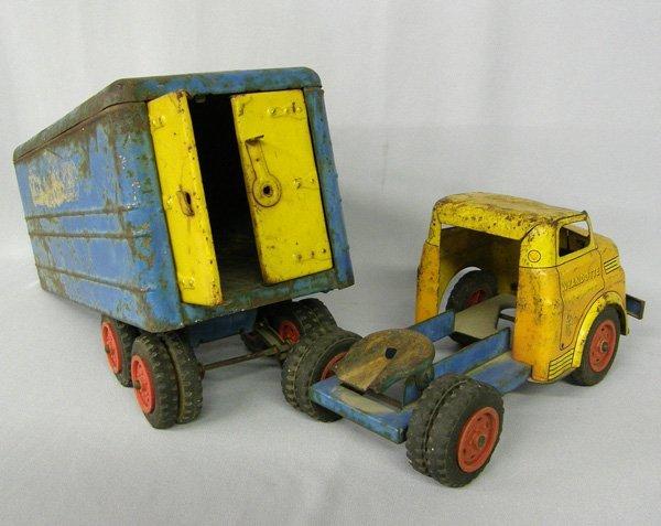 1019: Vintage Wyandotte Toy Truck & Trailer 21'' - 2