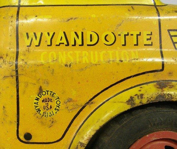 1019: Vintage Wyandotte Toy Truck & Trailer 21'' - 3